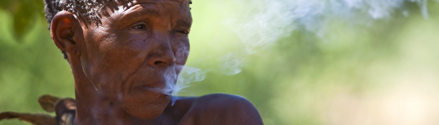 (Flora) African Tribal Woman Smoking